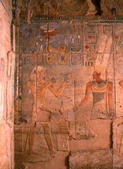 Medinet Habu IX, Pl. 127A, showing Thutmose III offering jars of water to Amun-Re. Photo by Yarko Kobylecky