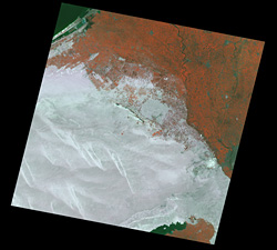Landsat ETM+ false color image